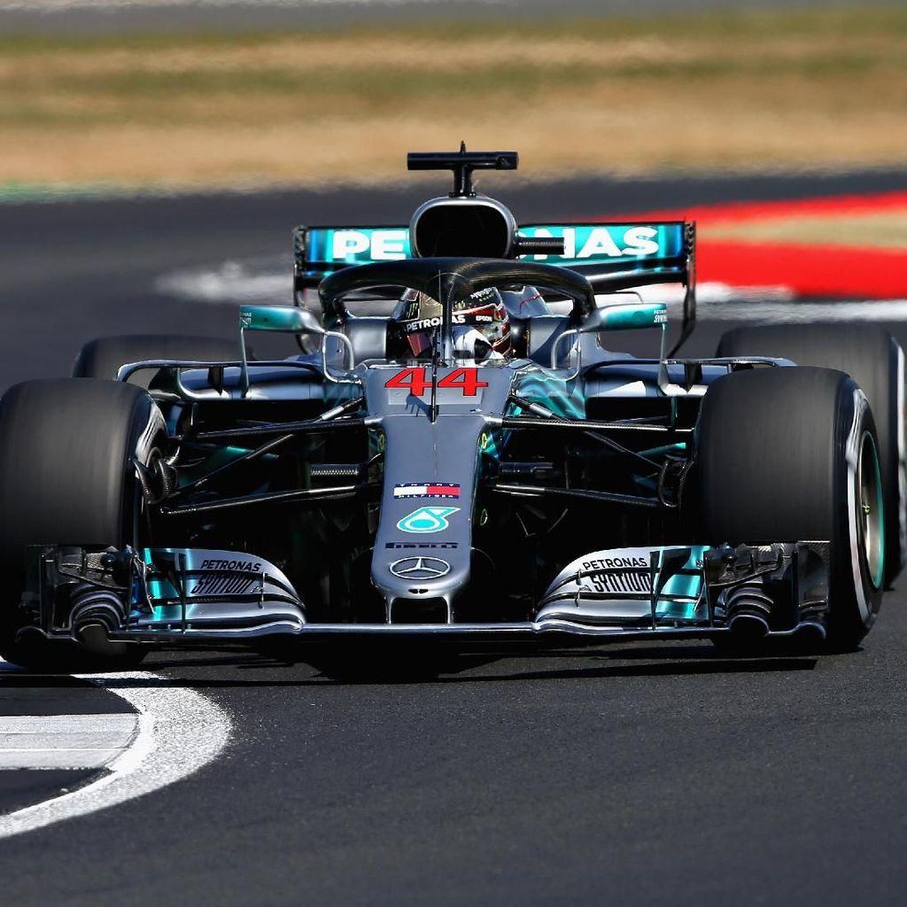 Kalahkan Vettel, Hamilton Rebut Pole dan Pecahkan Rekor