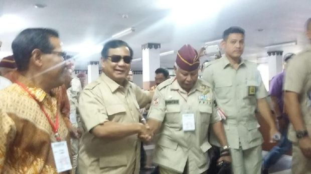 Prabowo 'Dibentengi' Purnawirawan Kopassus