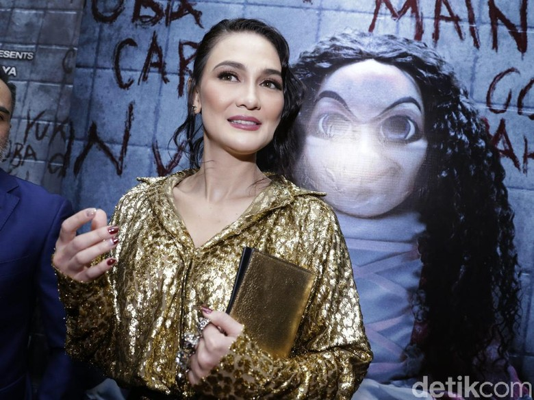 Main di Film Sabrina, Luna Maya Dijuluki Ratu Horor