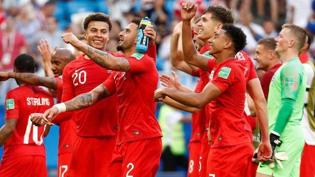 Inggris merayakan kemenangan di perempat final Piala Dunia 2018.