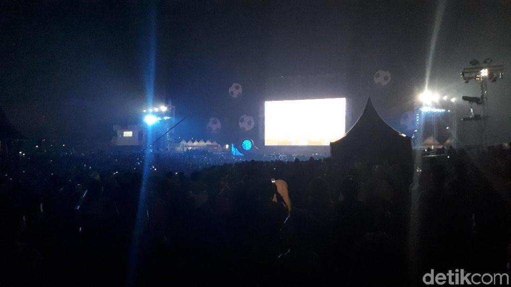 Jelang Rusia Vs Kroasia, Peserta Nobar Piala Dunia Tonton Konser