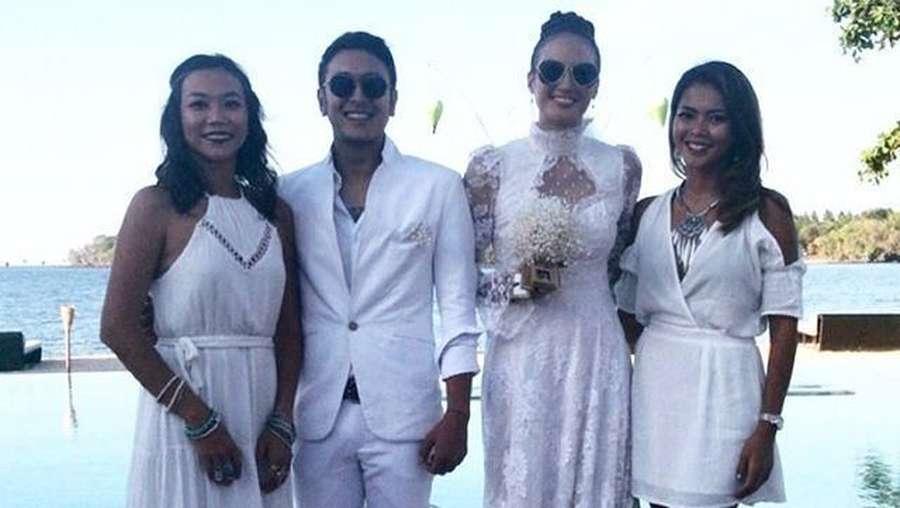 Jangan Baper! Romantisnya Pernikahan Nadine Chandrawinata dan Dimas