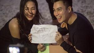 Video Baim Wong Lamar Sang Kekasih yang Bikin Meleleh