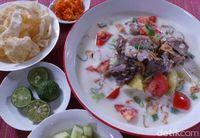 Menu Harian Ramadhan ke-22: Slurp! Hangatnya, Soto Jerat dan Daging Berkuah Gurih