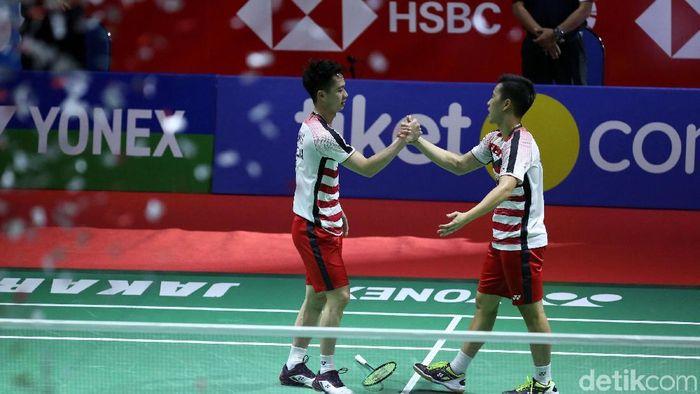 Pasangan Kevin Sanjaya dan Marcus Gideon mempersembahkan satu dari dua gelar di Indonesia Open tahun lalu (Grandyos Zafna)