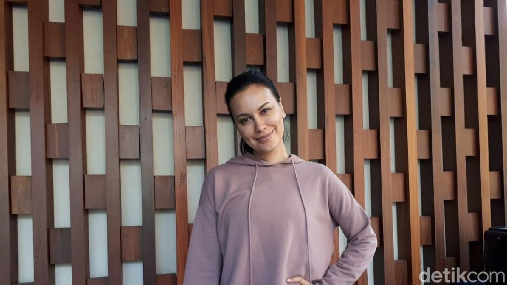 Jawaban Menohok Sophia Latjuba saat Digosipkan dengan Fadi Iskandar