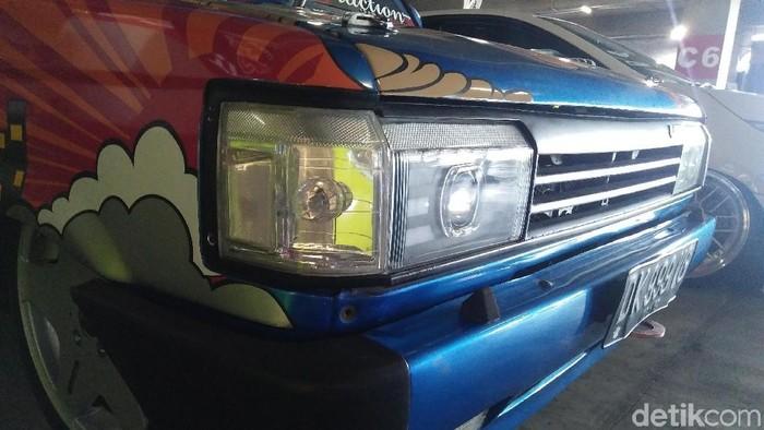 Indra Yoga mengubah Toyota Kijang Super lansiran 1989 menjadi lebih muda