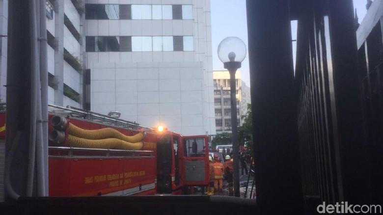 Gedung Kemenhub Kebakaran, Sumber Api Diduga dari Lantai P1