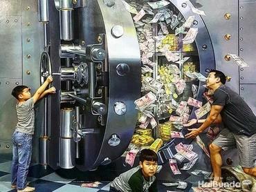 Wah, uang Kenzo, Marco dan ayah Ari banyak banget. Bagi dong. He-he-he (Foto: Instagram @ariwibowo_official)