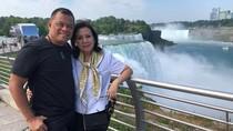 Saat Gatot Nurmantyo Pose Bareng Istri di Niagara Falls