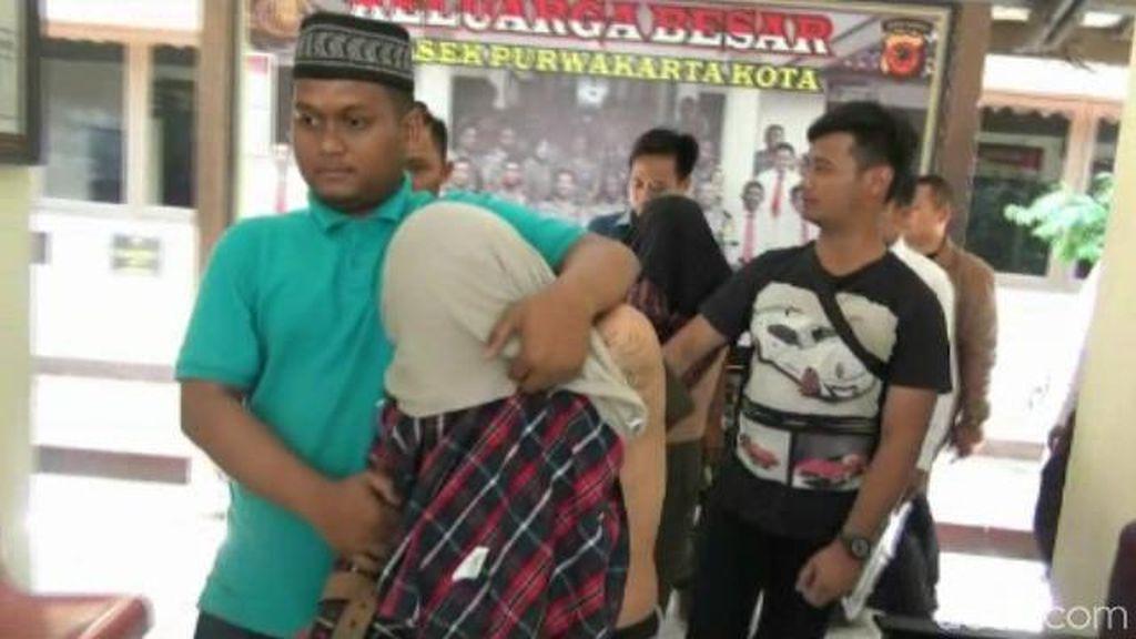Nyamar Jadi Pembeli, 2 Pria Tepergok Curi Emas di Purwakarta