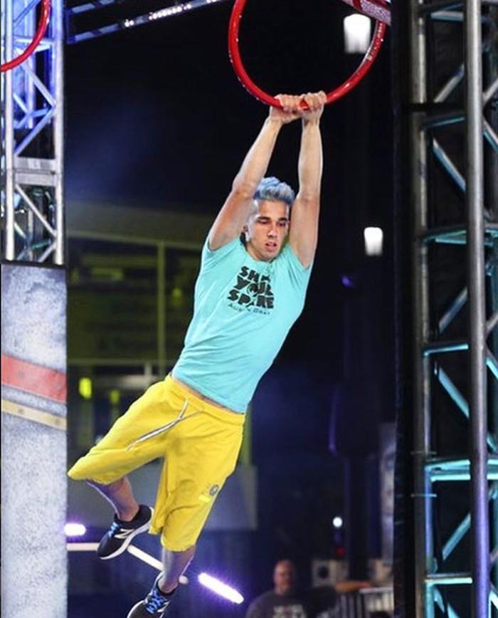Austin Gray terkenal di kalangan para ninja, sebutan untuk peserta pada acara American Ninja Warrior. Foto: Instagram/austingray.ninja