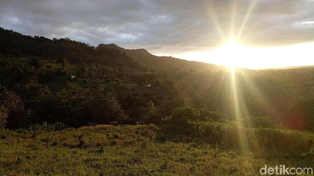 Berburu Sunset di Pegunungan Sulawesi Selatan