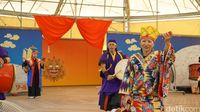 Permainan alat tabuh jidor khas Okinawa, Jepang dan alat musik lainnya (Masaul/detikTravel)