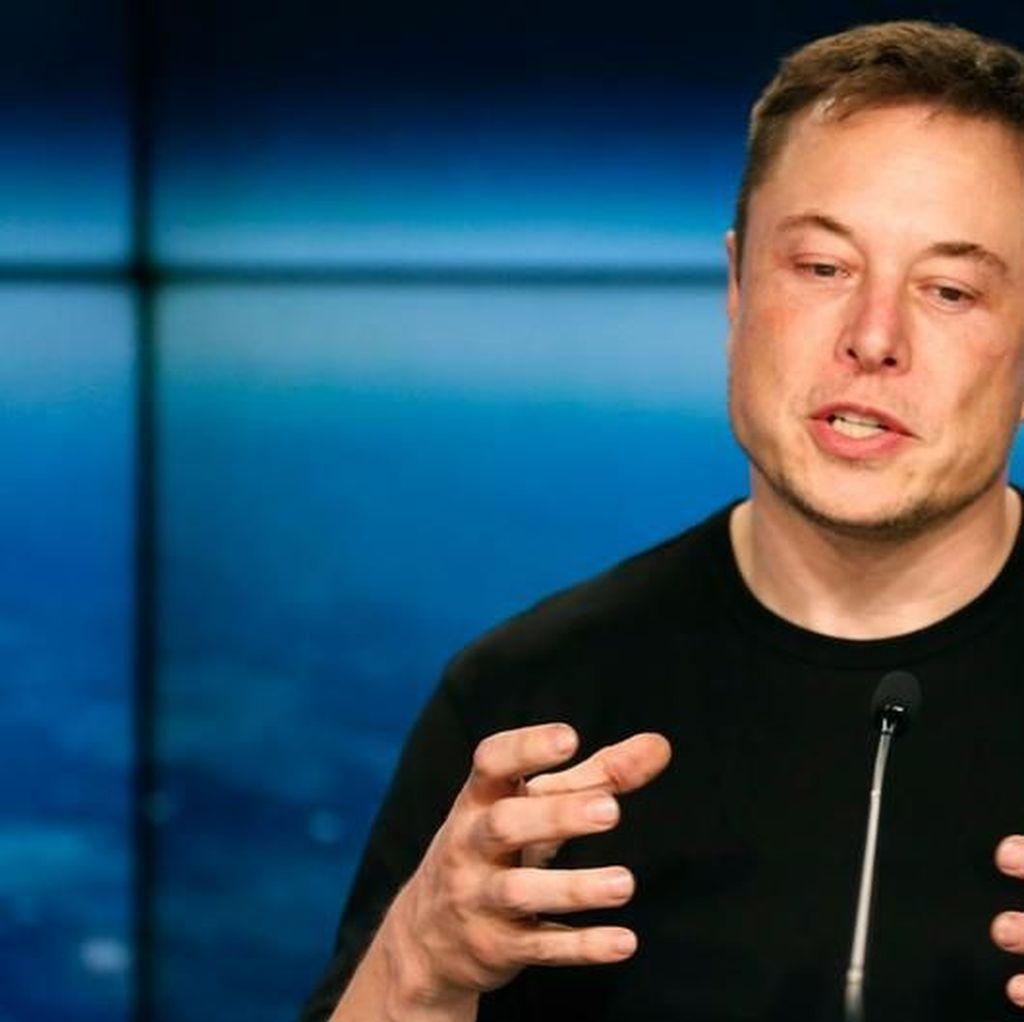Merasa Tak Sanggup Lagi, Elon Musk Menangis