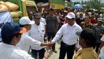 Bantuan Pupuk untuk Korban Puso di Sulawesi Selatan