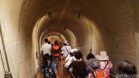 Menyusuri Gua Terpanjang di Jepang