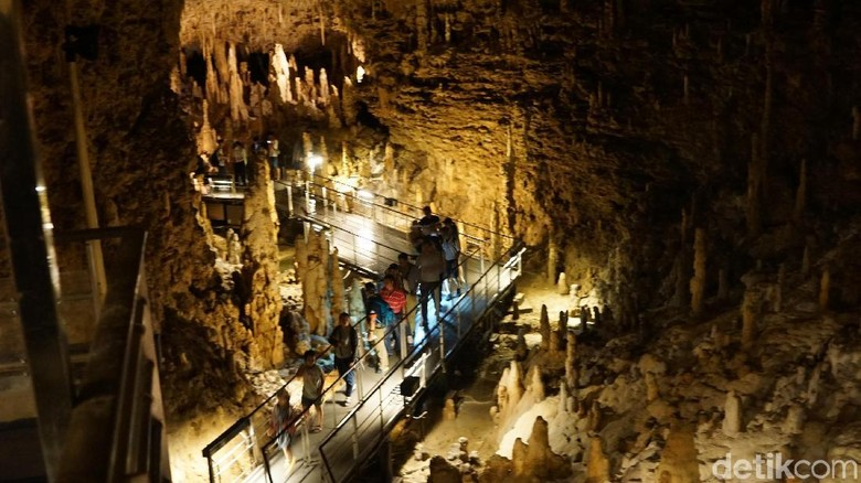 Gyokusendo Cave, Naha, Okinawa, Jepang (Masaul/detikTravel)