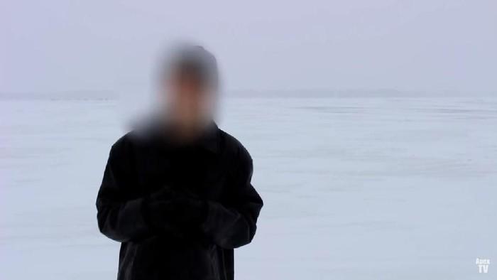 Pria Misterius Penjelajah Waktu. Foto: YouTube/ApexTV