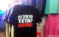 Selain kaos #2019GantiPresiden, kaos #2019TetapJokowi juga ada yang menjual