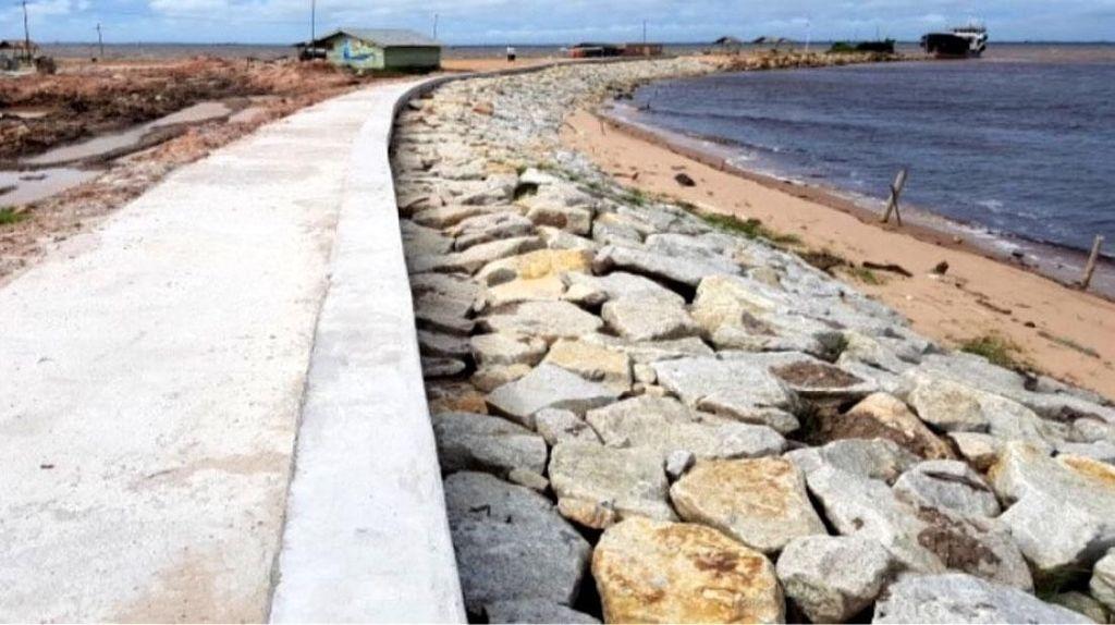Lagi Dibangun, Ini Wujud Pengaman Pantai di Pulau Terdepan RI