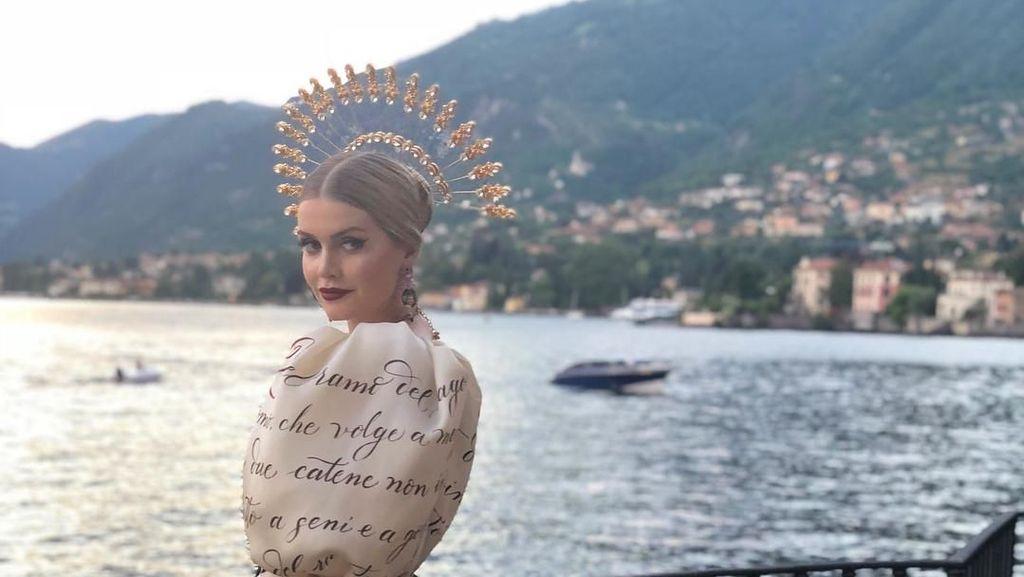 Cantiknya Keponakan Putri Diana Saat Jadi Model Milan Fashion Week