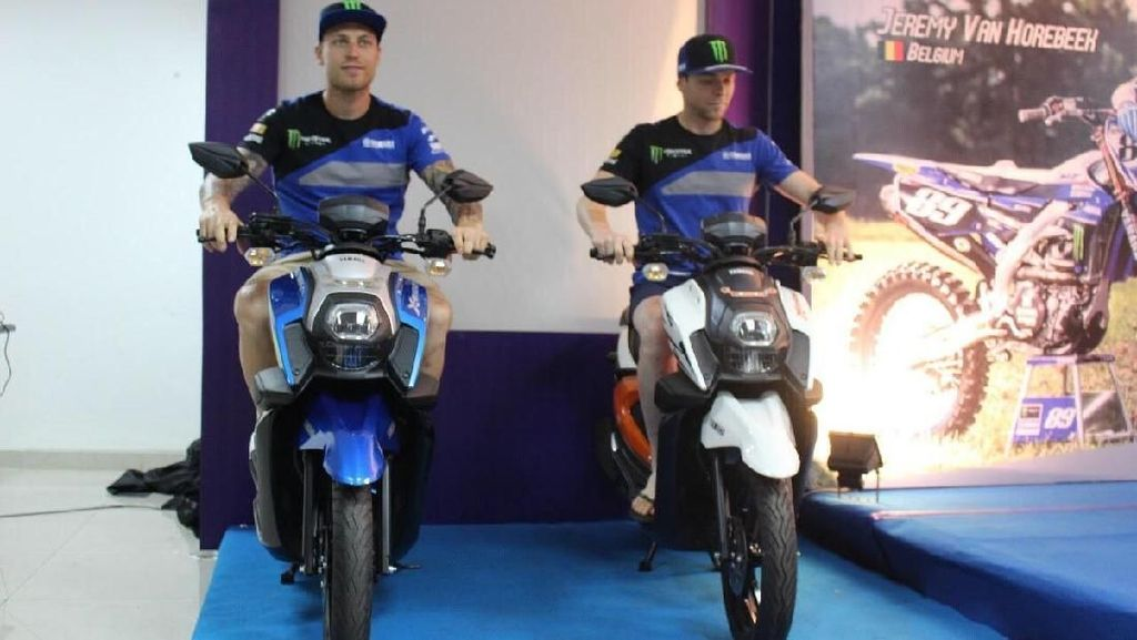 Semangat Semakin di Depan Warnai Kejuaraan MXGP di Semarang