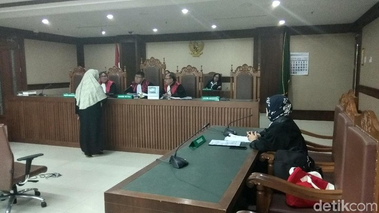 Ajukan Kesimpulan PK Korupsi Alkes, Siti Fadilah Berharap Bebas