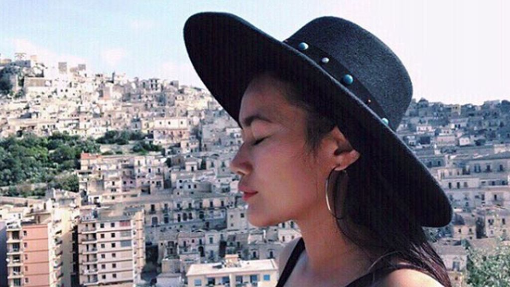 Terjawab! Ini Alasan Ratu Felisha Tutup Komentar Instagram