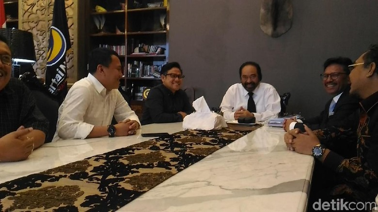 Cak Imin Temui Surya Paloh, Bahas Cawapres Jokowi?