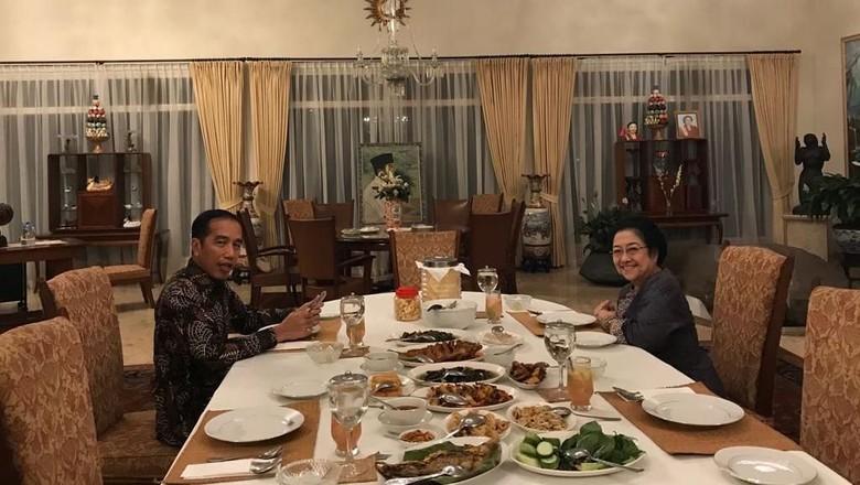 Cawapres Jokowi Menanti Cuaca Cerah