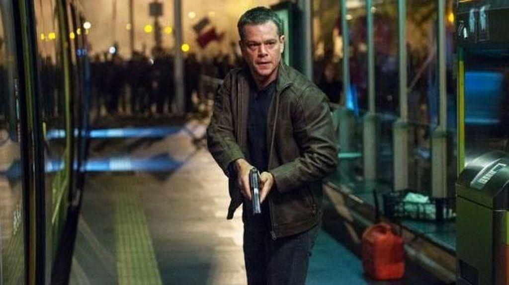 Pertama Kalinya, Jason Bourne Masuk Pesantren di Desa
