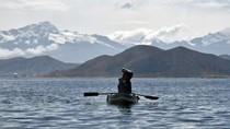 Bolivia Akan Bangun Museum Bawah Air di Danau Keramat