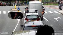 Di Prancis dan Belanda Boleh Parkir di Pinggir Jalan, Asal...