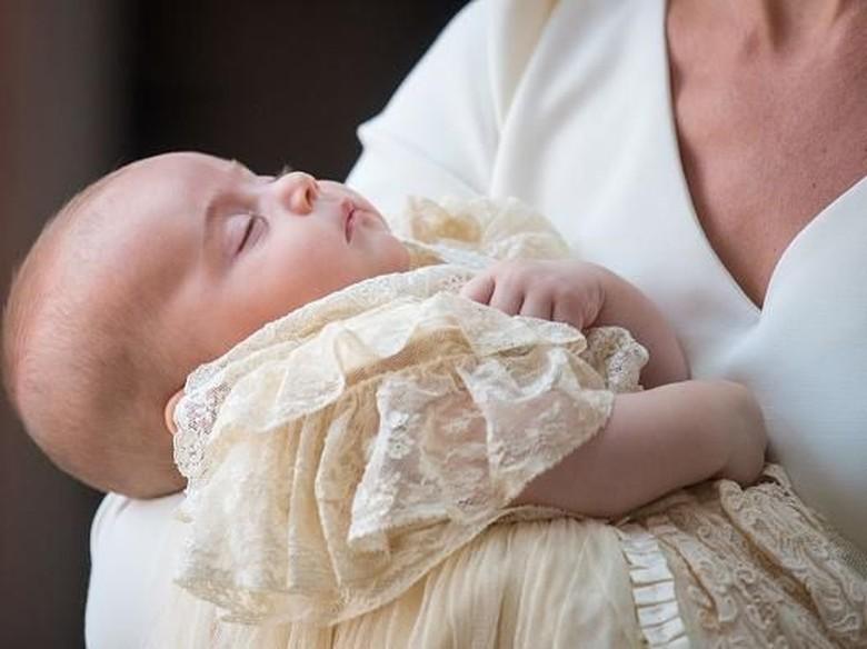 Telah Dibaptis, Louis Dapat Kado Rp 200 Juta dari Pangeran Harry