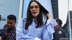 Luna Maya Hadapi Praperadilan Hari ini, Melaney Ricardo Beri Semangat