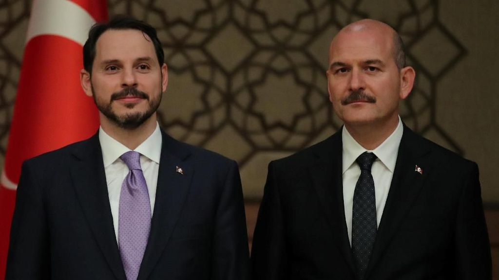 Ini Latar Belakang Menantu Erdogan yang Diangkat Jadi Menkeu Turki
