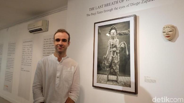 Cerita Fotografer Spanyol Kepincut Cerita Rakyat Panji Foto: Karya Diego Zapatero / Tia Agnes