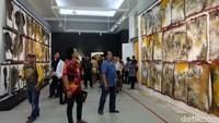 Karya seni instalasi Potret Diri Sebagai Kaum Munafik ditampilkan lagi di Galeri Nasional Indonesia. Foto: Tia Agnes/ detikHOT
