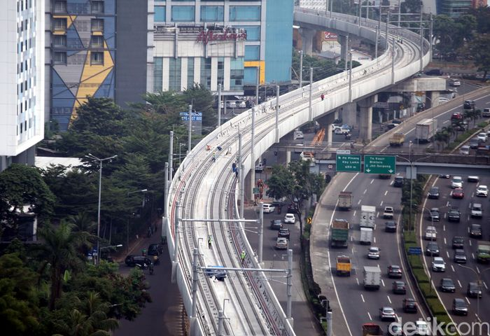 Pelaksanaan Asian Games pada Agustus mendatang membuat Pemprov DKI Jakarta mempercepat proses pembangunan Mass Rapid Transit (MRT) di sepanjang TB Simatupang.
