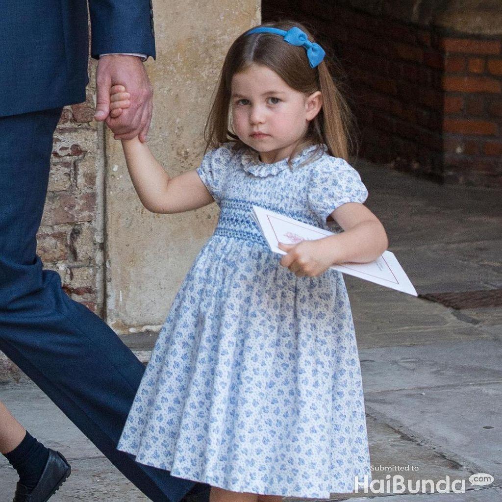 Putri Charlotte Dipercaya Reinkarnasi Putri Diana
