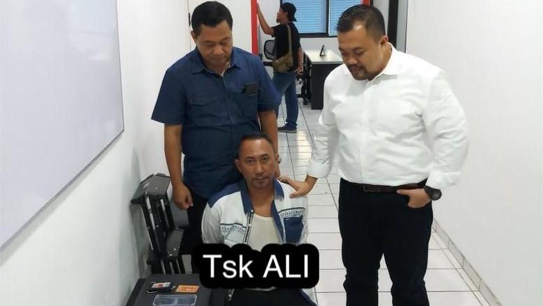 Jadi Calo Seleksi Bintara, Staf Kepresidenan Gadungan Ditangkap