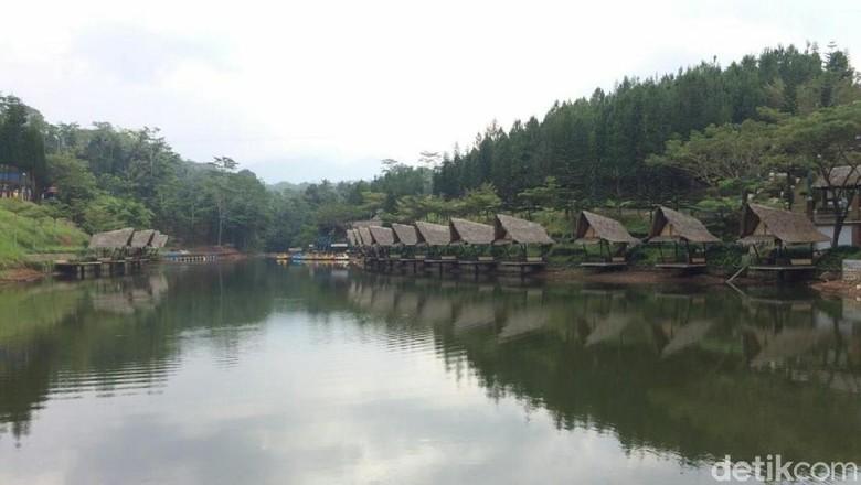 Mega Wisata Icakan di Desa Sukamulya, Kecamatan Baregbeg, Ciamis sudah resmi ditutup. (Dadang Hermansyah/detikTravel)