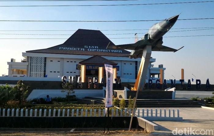 Peresmian SMA Pradita Dirgantara, Boyolali, Rabu (11/7/2018).