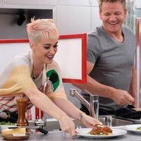 Masak dengan Gordon Ramsay dan Santap Kalajengking, Ini Gaya Makan Katy Perry