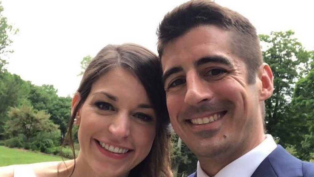 Kisah Cinta Unik Pasangan yang Bertemu Jodoh di Taksi Online