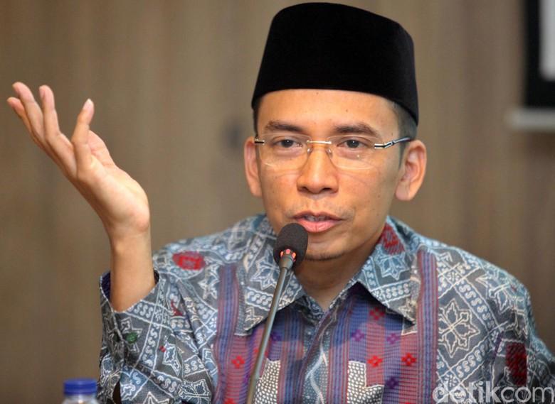 Momen Jokowi Bertemu TGB di Kuliah Umum Akademi Bela Negara NasDem