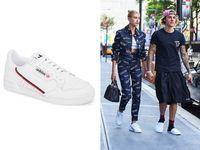 5 Sneakers Hingga Jaket untuk Tampil Keren Ala Hailey Baldwin
