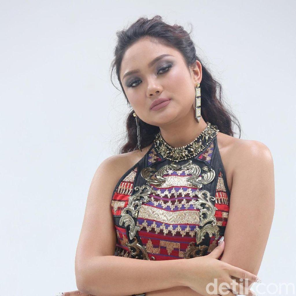 Marion Jola Seksi Banget, Siti Badriah Kesal!