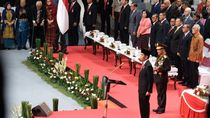 Jokowi ke Anggota Polri: Buang Budaya Koruptif